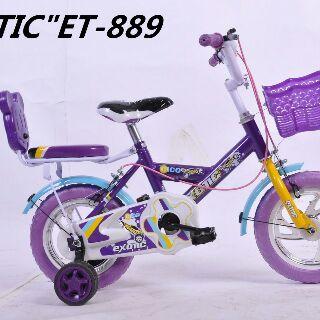 exotic12eva_et889